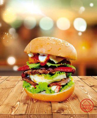 Burger Tôm Gà Xúc Xích Phô Mai