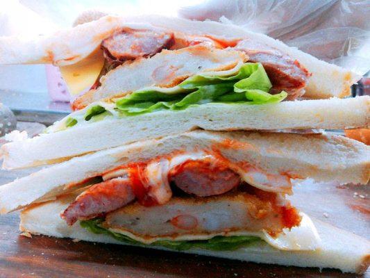 Sandwich Tôm Khói